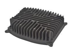 Aluminio moldeado a presión personalizada Alquiler de piezas de repuesto de fundición de aluminio aluminio moldeado a presión del radiador de coche Auto Disipador de calor Auto Accesorios Piezas de mecanizado