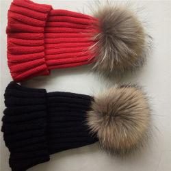 Custom женщин трикотаж спицы Red Hat с Фокс Ткань из чесаного мех шарик POM Poms зимой Red Hat