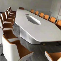 مكتب اجتماعات عمل فنى مع ميكروفون بتصميم حديث فاخر أزرق ثلجي أبيض كوريان أكريليك من الرخام الكوارتز على شكل سداسي مكتب قاعة اجتماعات