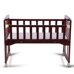 أثاث خشبي متين من خشب الصنوبر سرير الأطفال أرجوحة الأطفال سرير الأطفال طفل NET Cradle Bassinet