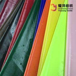 Taffetas de nylon imperméable avec revêtement polyuréthane brillant lumineux brillant Tissu enduit de poli Down Jacket