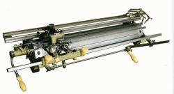 Mnの手によって運転される平たい箱編む機械