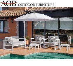 Maison moderne chinoise jardin extérieur Livingroom Patio 4PCS Ensemble de meubles de salon avec canapé-parapluie de loisirs