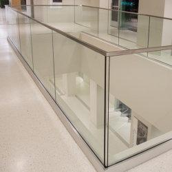 Immeuble de bureaux Frameless balustrade en verre de canal de base en aluminium