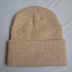 Barato por grosso sólido personalizado com acrílico atingiu o pac inverno quente Pac chapéu de malha