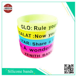 Kundenspezifisches Silicone Wristband mit Seide-Screen Printing