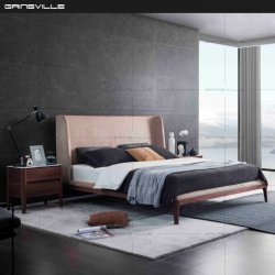 현대적인 가구 침실 세트 높은 헤드보드 퀸 킹 사이즈 침대 나무 다리와 Gc1831
