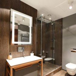 Rechthoek van het hotel om Muur zette Decoratieve LEIDENE van de Spiegel Backlit de Aangestoken LEIDENE van de Spiegel Spiegel van de Badkamers op
