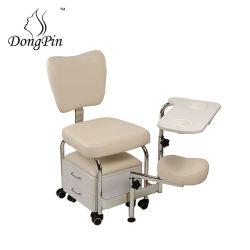 フィートの鉱泉のマッサージの椅子のリクライニングチェアの大広間のPedicureの椅子