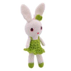 Fait main lapin farci vert Charmant tricot bunny des jouets en peluche
