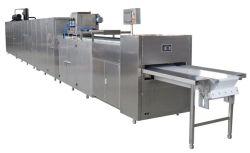 Cioccolato automatico che deposita facendo macchina con la linea di produzione