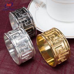 Commerce de gros fait sur mesure Royal Hotel L'anneau de cuivre ronde serviette de table à manger Shell