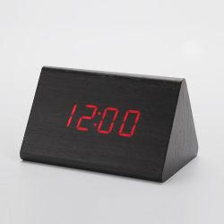 Sveglia della fabbrica con il USB/a pile di legno per la camera da letto