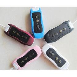À prova de desporto de natação com o aparelho de MP3