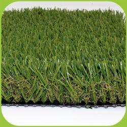 Douce pelouse artificielle et le tapis de gazon artificiel