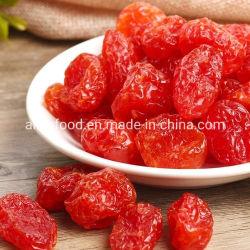 A comida natural dos frutos secos com tomate-cereja seca