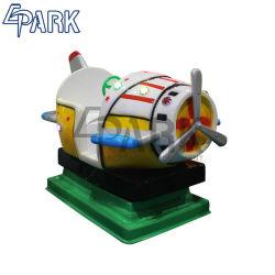 Manèges pour enfants commerciale électronique voiture Jeu de combat de pivotement de la machine Matériau en fibre de verre jouet pour enfants