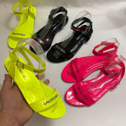 ヨーロッパおよびアメリカの夏の女性のサンダルの方法スリッパの新しく平らな靴