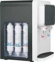 O sistema de filtro de osmose purificador de água RO Desktop Corpo Plástico Frio Quente