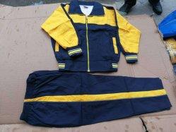 Precios baratos de la escuela los estudiantes de la fábrica de prendas de vestir uniforme de trajes de stock (H206-2)