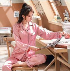 Precio al por mayor fabricación Personalizar nupcial de alta calidad Pijama mujer sexy Conjunto de pijama de satén de seda rosa de desgaste del sueño