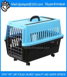 De Plastic Reizende Hond en de Kat van uitstekende kwaliteit van het Krat van het Huisdier met Wielen en Handvat