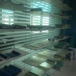 温室の溝の温室の成長する棚の屋根の下水管