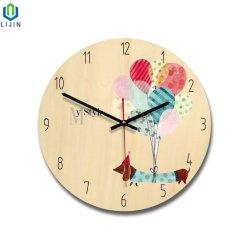 漫画の木の柱時計、北欧様式の水晶柱時計