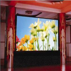 Hochauflösender Großwinkel-P3-Farb-LED-Bildschirm für den Innenbereich
