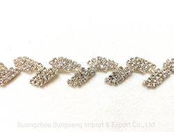 Accessori di abbigliamento, catena diamantata per saldatura a catena a claw in rame forato, accessori decorativi per Barcoddeashion, per abbinamenti di abbigliamento