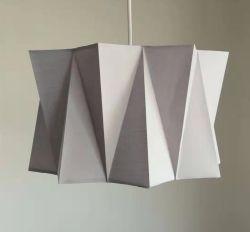 Lampe géométrique de l'ombre pour la chambre