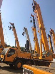 Les Chinois utilisé 70ton camion grue en bon état