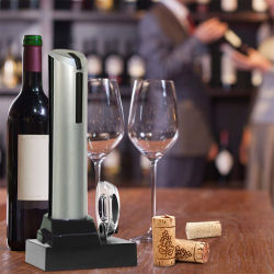 新しい USB 充電式ワインエレクトリックオープナーとベースワインボトル オープナーギフトセットサプライヤ