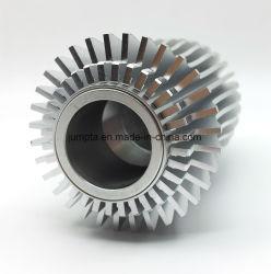 6063 6061 التحكم بالمناولة بالمنجل / بروز ألومنيوم / ألومنيوم / مصباح LED / مصابيح / فتحة الشمس / رادياتير ألومنيوم / رادياتير