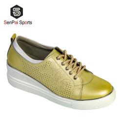 Fashion Shoes Women Casual高品質の革女性履物