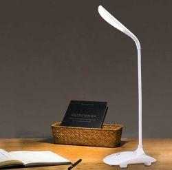 Estilo de moda candeeiro de secretária de toque LED com 3 níveis diferentes de brilho