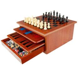 10 1 in den hölzernen Schach-Brettspielen eingestellt