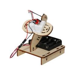DIYのおもちゃの教育おもちゃのためのGlowworm Wookの木のおもちゃ
