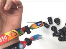 ビジネスでは、バレル・プラスチック・ロック・ブレスレットでフェスティバルにポリエステル VIP リストバンド・ブレスレットを使用しています