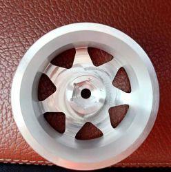 Maquinado CNC de alta calidad de la rueda de aluminio anodizado para coche RC