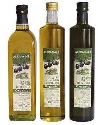 250 мл, 500 мл, 750 мл, 1000 мл оливкового масла за круглым столом для приготовления пищи стеклянные бутылки с желтым зеленых тонах