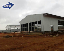 Qingdao Prepab Steel Frame Broiler Chicken P가금류 영농 하우스와 장비 자동