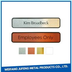 لوحة شعار معدنية لبطاقة الاسم من الفولاذ المقاوم للصدأ / النحاس المصنعة للمعدات الأصلية (OEM) الخاصة بلوحة أسماء البرشام