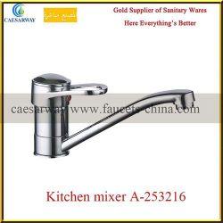 De sanitaire Kraan van het Water van de Gootsteen van de Keuken van het Messing van Waren