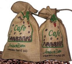 De opnieuw te gebruiken Geweven Zakken van het Huishouden Jute voor de Bonen van de Koffie