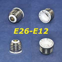 E26へのEnlarging One E12 LED BulbのためのE26-E12 LED Lamp Base LED Converter
