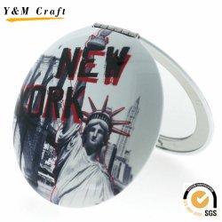 De aangepaste In het groot Ronde Kleine Kosmetische Spiegel van de Zak met het Embleem van New York