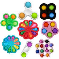 2021 Nova cor entre nós pressionar pop Pops Bubble simples Brinquedos com covas para crianças e adultos, alívio do stress, Fidget Spinner Pop-o.