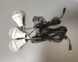 ポータブルミニ屋外キャンプソーラーパワー照明キットおよびソーラー エネルギーシステム、 Bluetooth スピーカーおよびラジオ付き