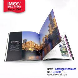Imeeの光沢によって薄板にされる折るパンフレットの印刷のデジタル印刷のサンプルカタログ